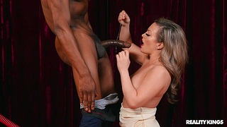 Man's BBC suits the fine wife in endless pleasure